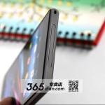 Xperia Z1 07 150x150 تسريب صور هاتف سوني هونامي ( Xperia Z1 ) بالكامل وباللونين الأبيض والأسود !